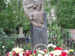 Богословское кладбище СПб