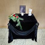 Столик для фотографии усопшего
